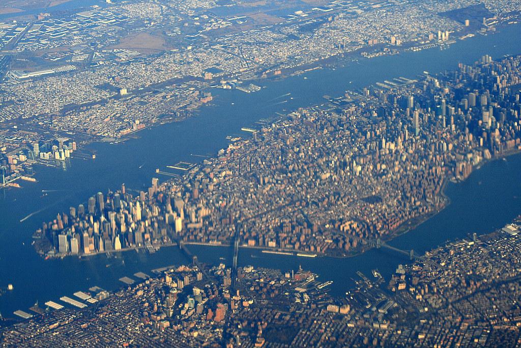 Manhattan from the air manhattan from the air flickr for New york alloggio economico