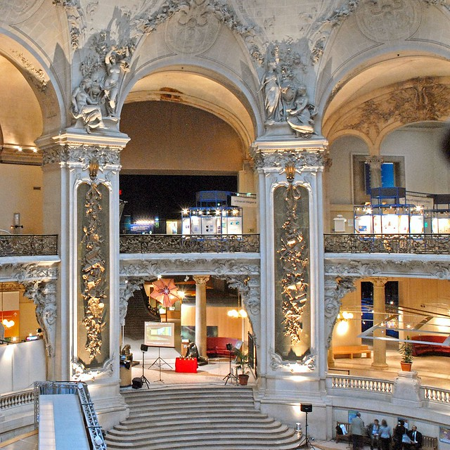 le grand hall du palais de la d u00e9couverte  paris