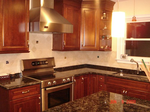 kitchen backsplash with uneek glass fusions accent tiles