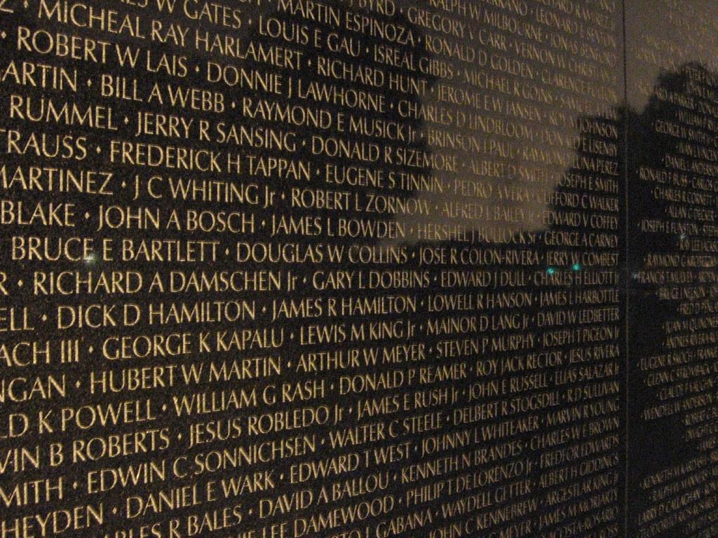 The Wall At Night Vietnam Veterans Memorial Washington D