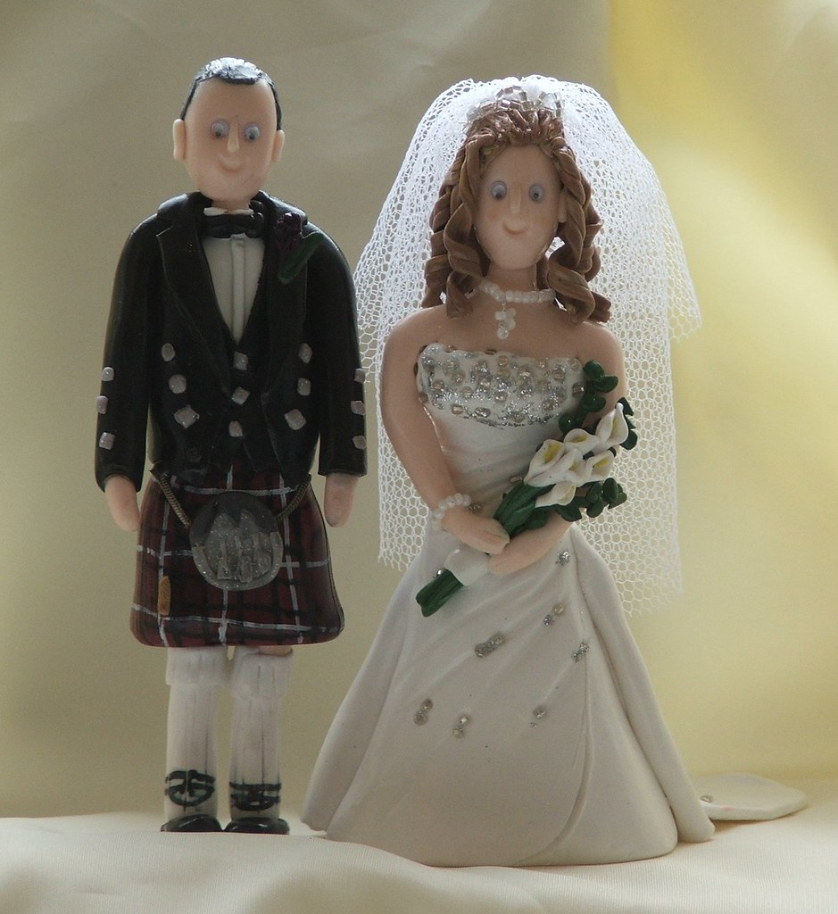 wedding cake toppers kilt wedding cake toppers and groom in kilt groom in 8831