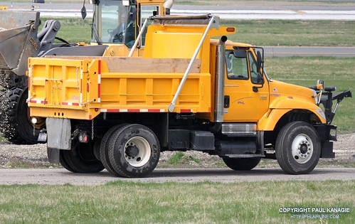 PHL Dump Truck 070063 | by PHLAIRLINE.COM