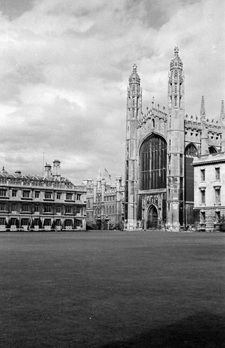 1902 Kings college yard
