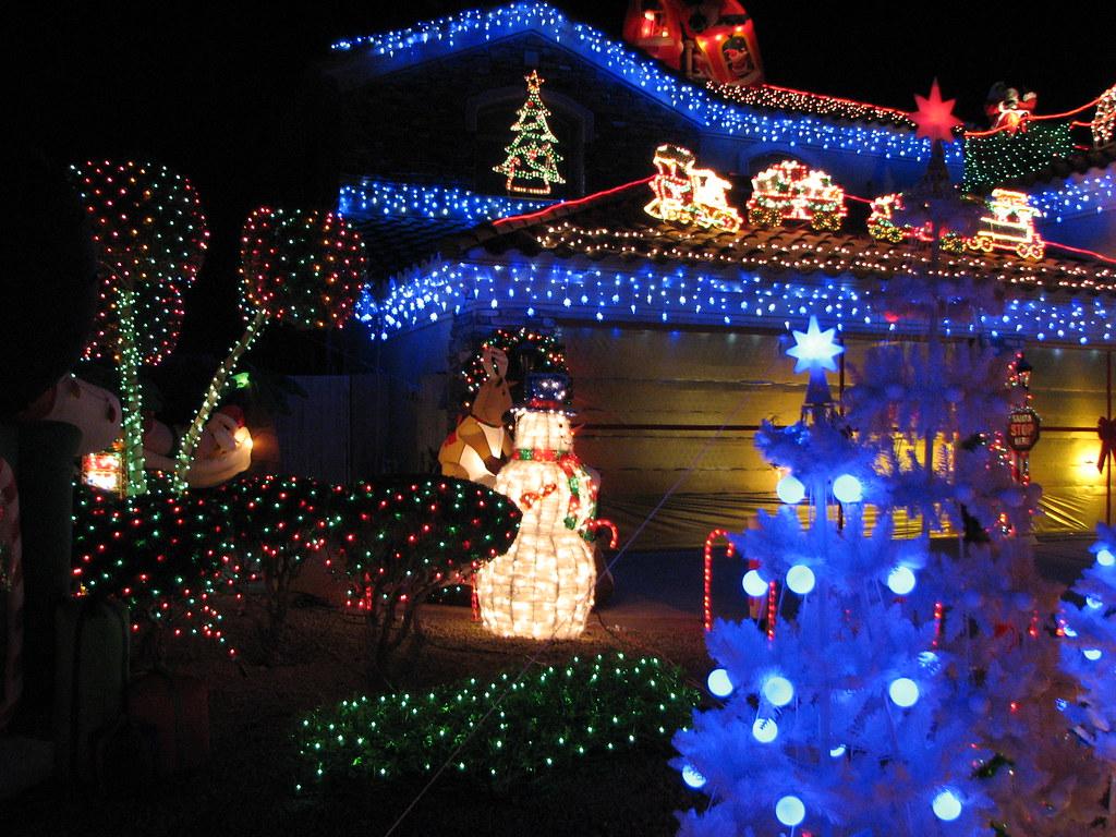 Img 9240 Looking At Christmas Lights December 24 2007
