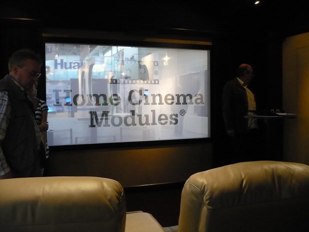 Möbel fürs Kino zu Hause aus Belgien
