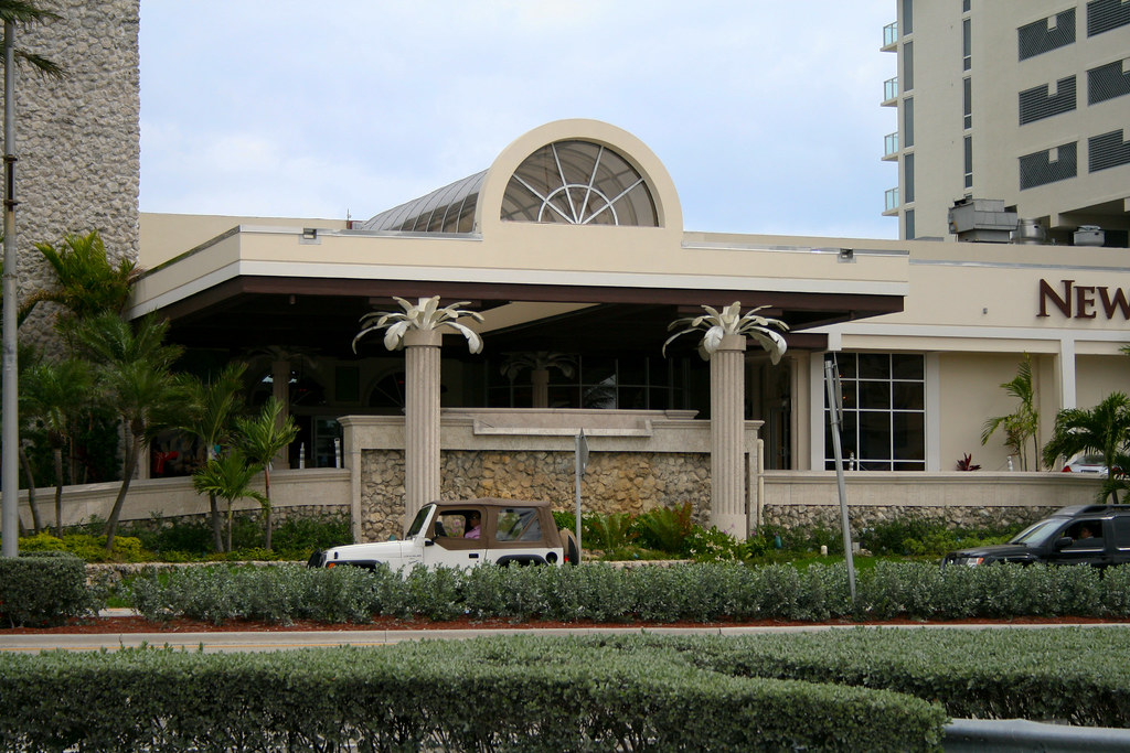 Newport Beachside Resort Miami Beach