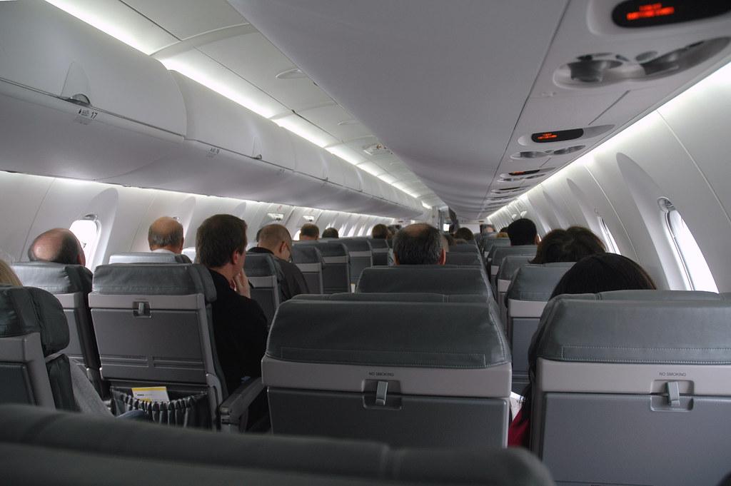 Airy Cabin Northwest Airlink Designed The New Crj 900er