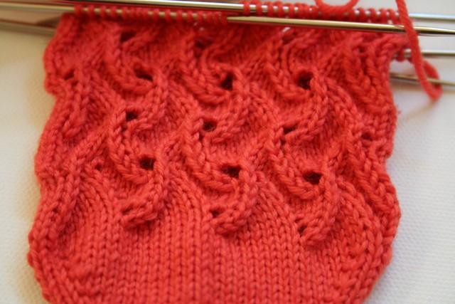 Knit Two Purl Two Pattern : img_5437 detail of Scrolls lace pattern Vicki Boardman Flickr