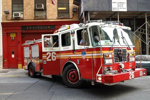 E026e FDNY Engine 26 Garment Center New York City Flickr Photo Sharing