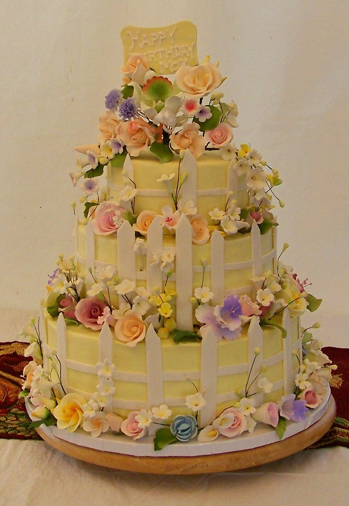 Flower Garden Cake This Is The Same Cake That I Made For