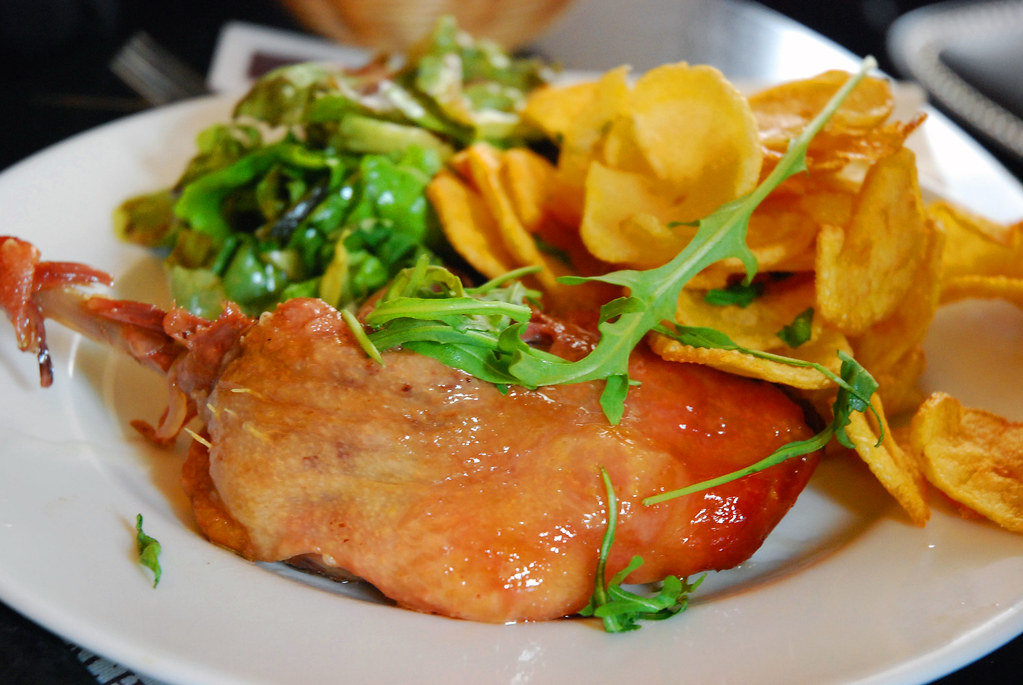 Confit de canard one of pig 39 s favourite classic french - French classical cuisine ...