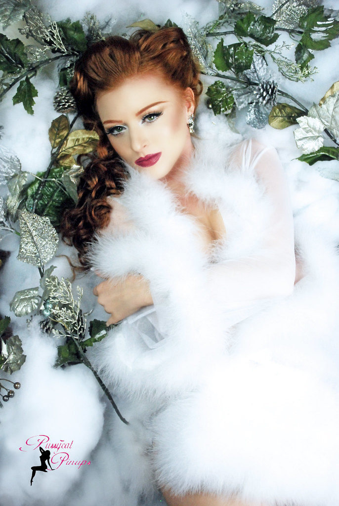 Hollywood Christmas Christmas Old Hollywood Pin up