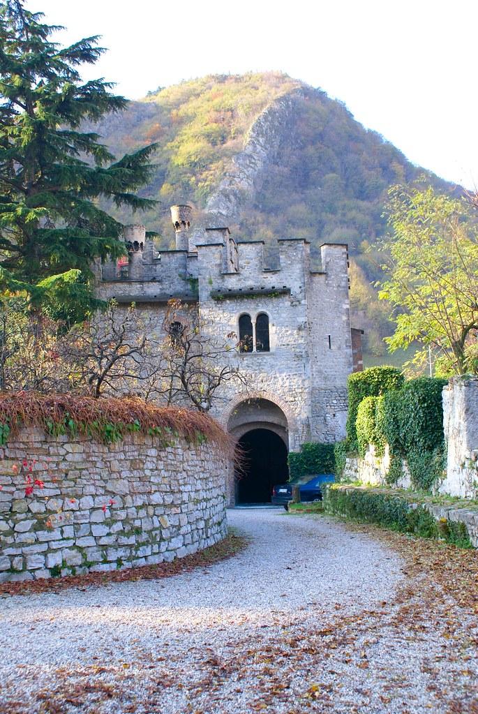 Entrance to the castle of serravalle vittorio veneto ita for Serravalle italy