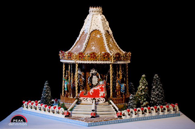 The Gingerbread White House >> 2008 National Gingerbread House Competition - Grove Park I… | Flickr