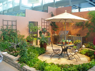 Veggie Patio | by RHR Horticulture
