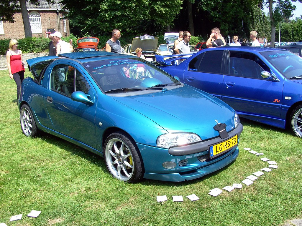 1995 opel tigra a the opel tigra a was a small 2 2 coupe. Black Bedroom Furniture Sets. Home Design Ideas