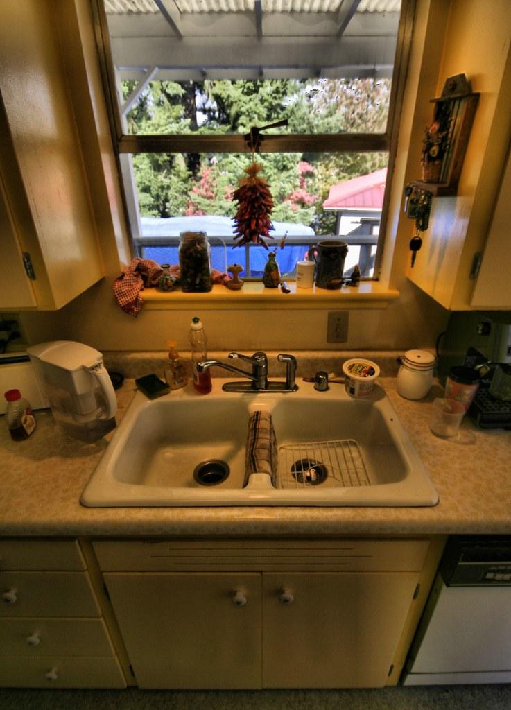 Kitchen Sink White Wine Blend