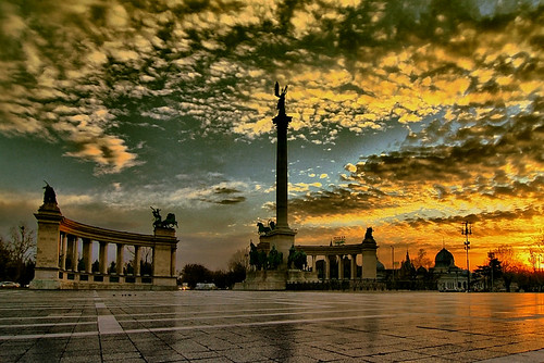 Heroes' Place-Budapest | by scarbody