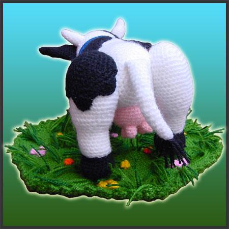 Tutorial Vaca Amigurumi Cow : Aurora, The Cow - Amigurumi Pattern by DeliciousCrochet ...