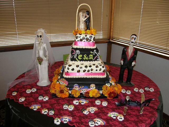 Dia de Los Muertos wedding cake | Hand-painted leopard print… | Flickr