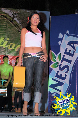 nikki gil in penshoppe fashion show at nestea beach 2008 flickr