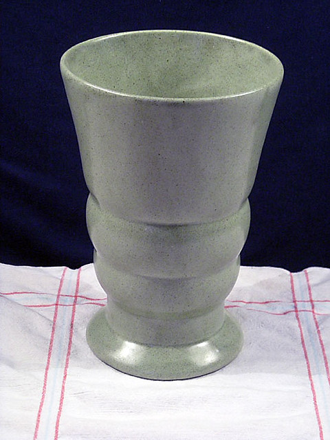 Vintage Green Ceramic Haeger Pottery Vase This Is A Really Flickr