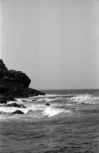 1104 Sennen Cove and breakers