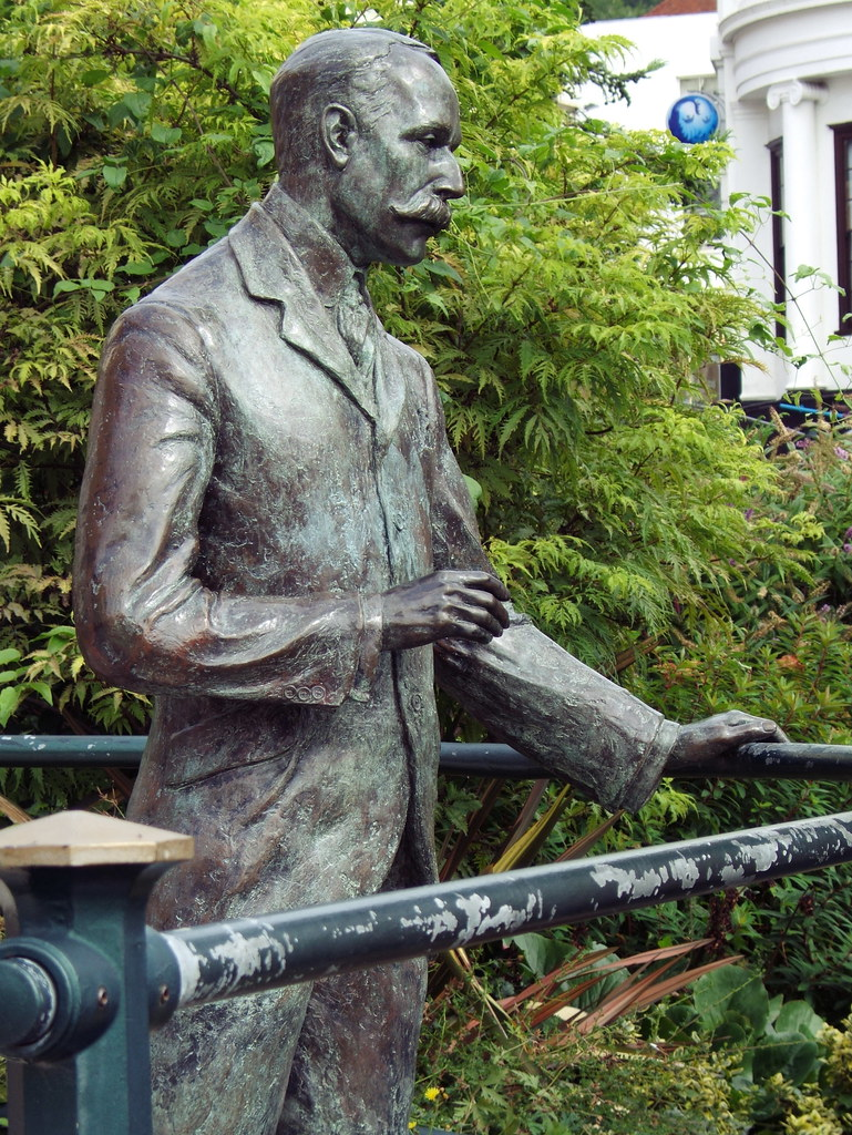 Sir Edward Elgar Statue Statue Of English Composer Sir