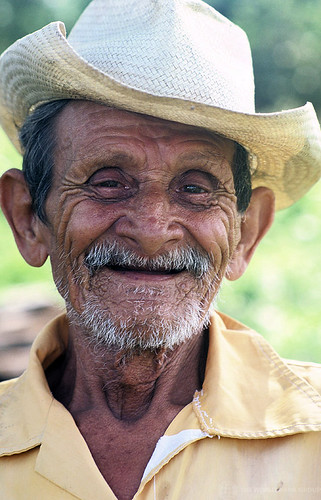 Portrait smiling old man in hat. Mexico | by World Bank Photo Collection