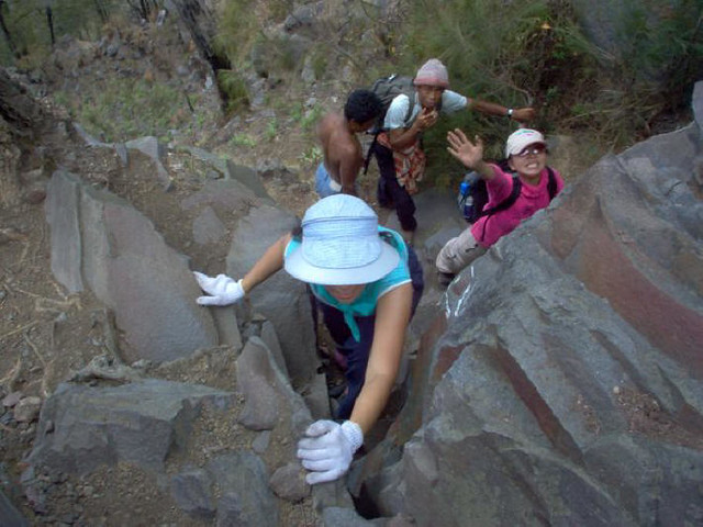 Hiking trekking climbing adventures mount Rinjani Lombok i ...
