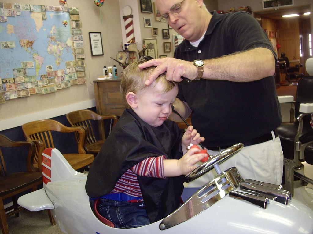 Barber Austin : ... Elis first trip to see Rod at Austins Barber Shop? Flickr