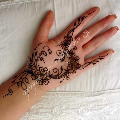 another mehndi i did at the qatar german open henna or meh flickr
