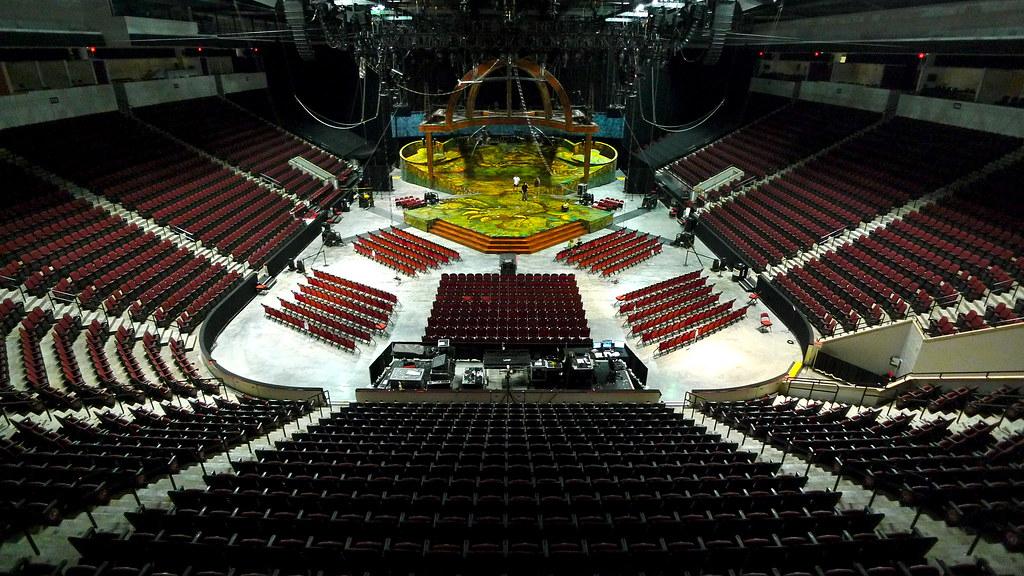 #10: Agganis Arena, Boston, MA. | ampontour | Flickr