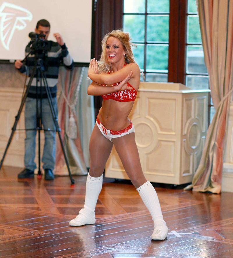Atlanta Falcons >> 2011 Atlanta Falcons Cheerleaders Final Auditions | Kristy ...