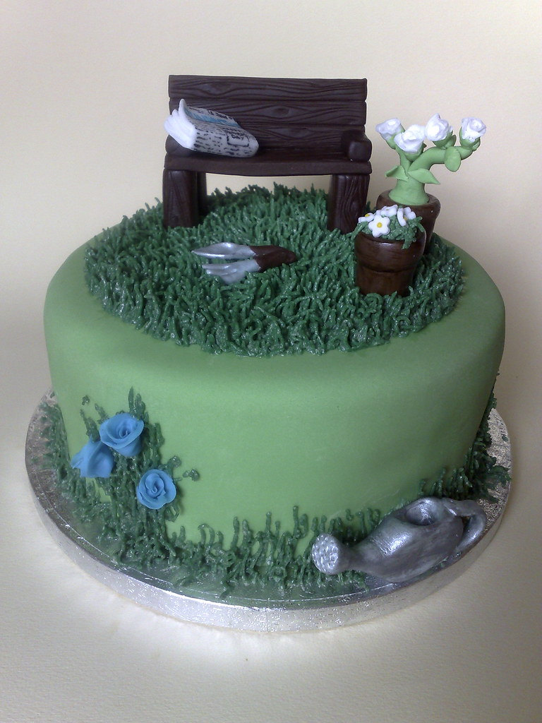 Father S Day Garden Cake A 7 Inch Vanilla Sponge