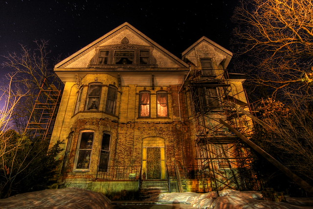 Is the haunted house liable for your injuries