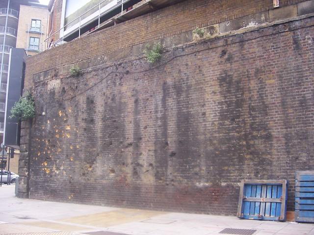 Shrapnel Damaged Brick Wall - Mansell Street | Flickr ...