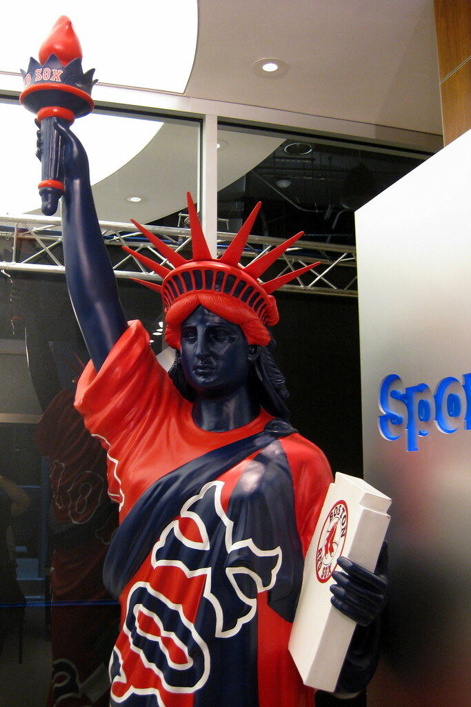 NYC - Statues of Liberty on Parade: Boston Red Sox   Flickr   683 x 1024 jpeg 152kB