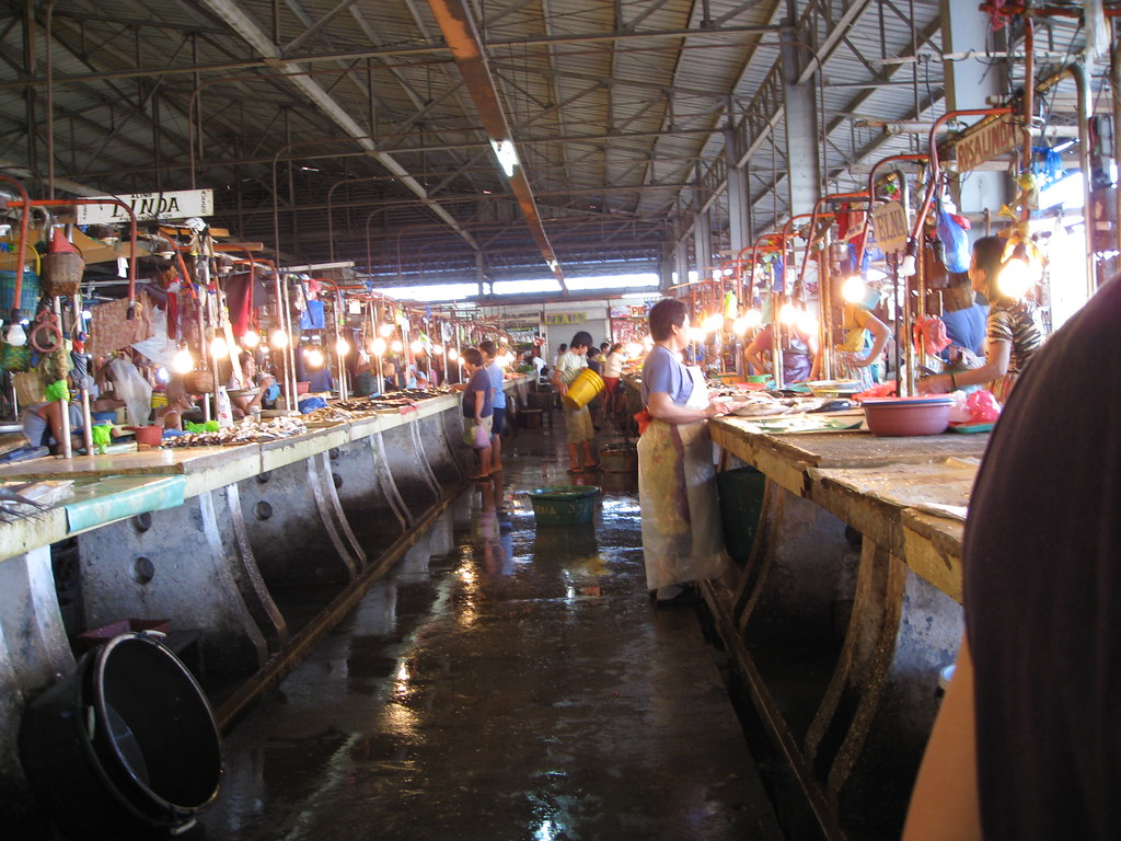 Fish Section Of The Palengke In Cavite City It S Smells
