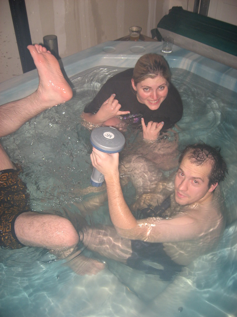 Hot Tubbing  Aviel, Damon, Cassie  I Had A Blast In The