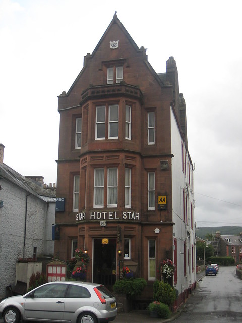 Star Hotel Moffat Phone Number