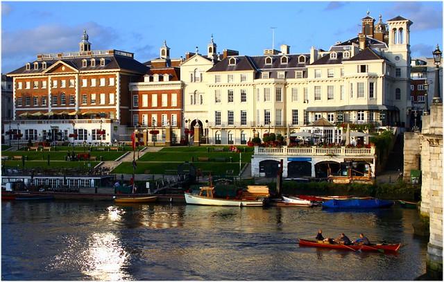 London Terrace Gardens Building Link
