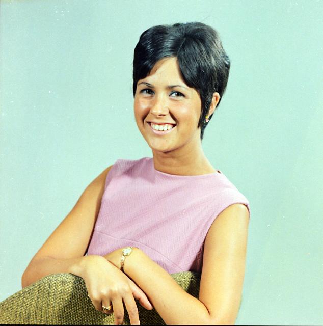 Mejuffrouw de bruyn augustus 1970 foto van mejuffrouw - De breuyn mobel ...