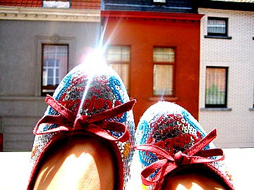 15/366 my shoe caught the sun | by The Sultry Sophisticate
