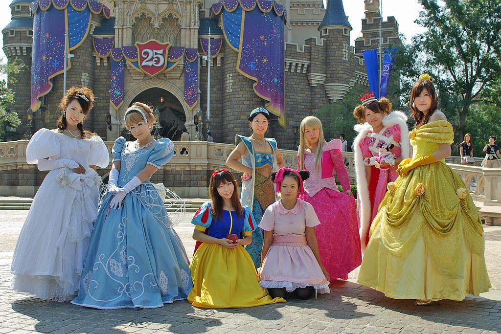 Disney snow white - 2 part 3