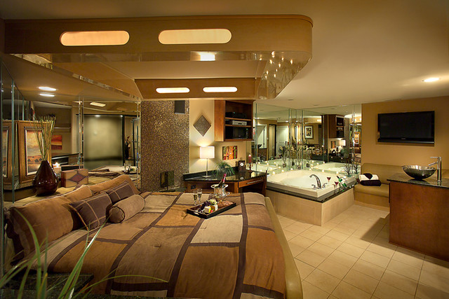 Hotel Suites With Jacuzzi In Room In Maryland