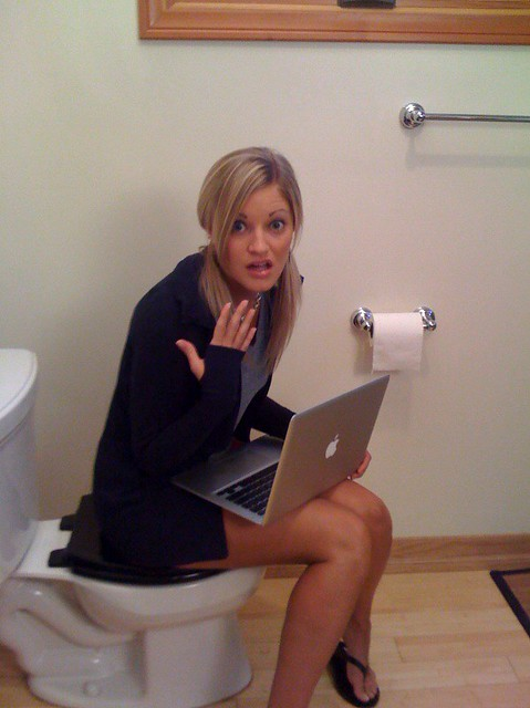Twittering From The Toilet You Know You Ve Done It Flickr
