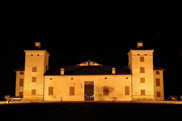 Villa Montecuccoli Degli Erri By Night Italia Modena