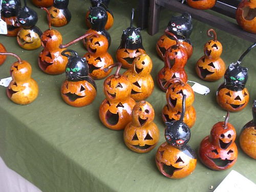 Halloween gourds flickr photo sharing - Faire des decorations d halloween ...