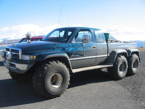 Monster Truck Dodge Ram >> The six wheel monster | This is a dodge ram 3500 that has be… | Flickr